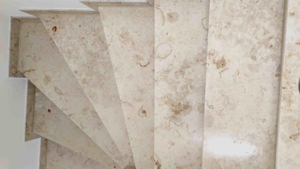 Jura Marmor Salzsäure repariert